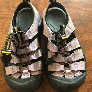 Girls keen sandals size 12